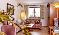 Kirschbaum Wohnzimmer