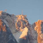 Morgensonne, Gipfel und Baustelle
